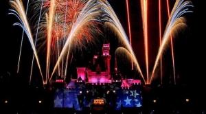 Disneyland celebrate-america-fireworks-16x9